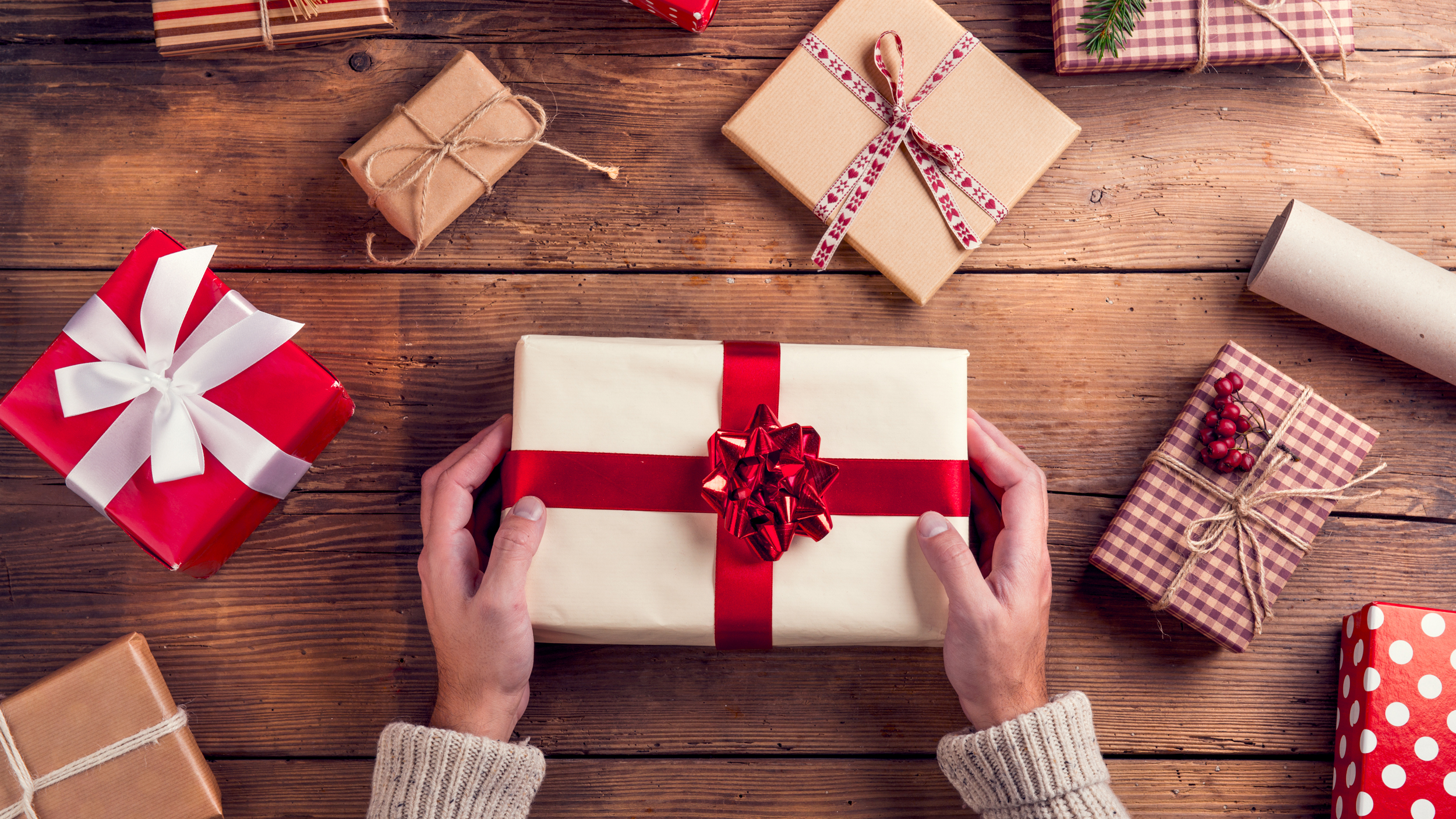 Gift Wrapping Ideas For Office Christmas Party